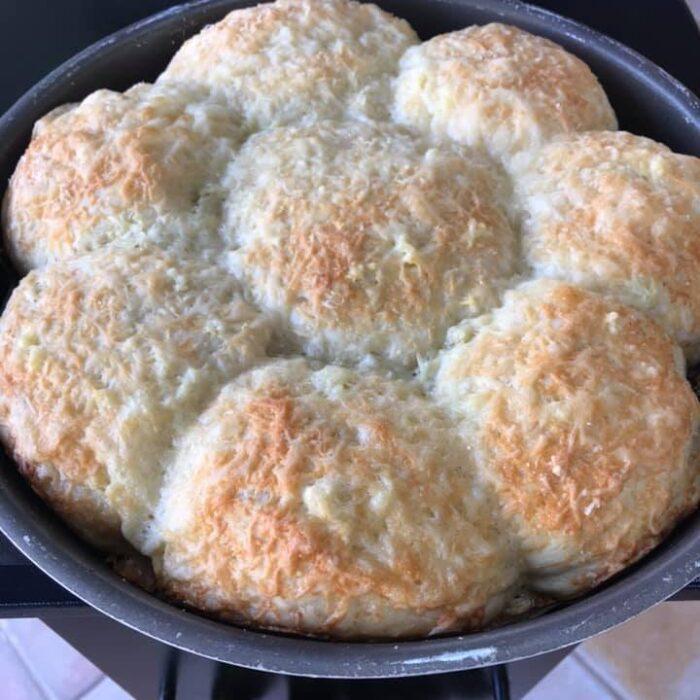fokhagymás zsemle grillsütő recept okosgrill