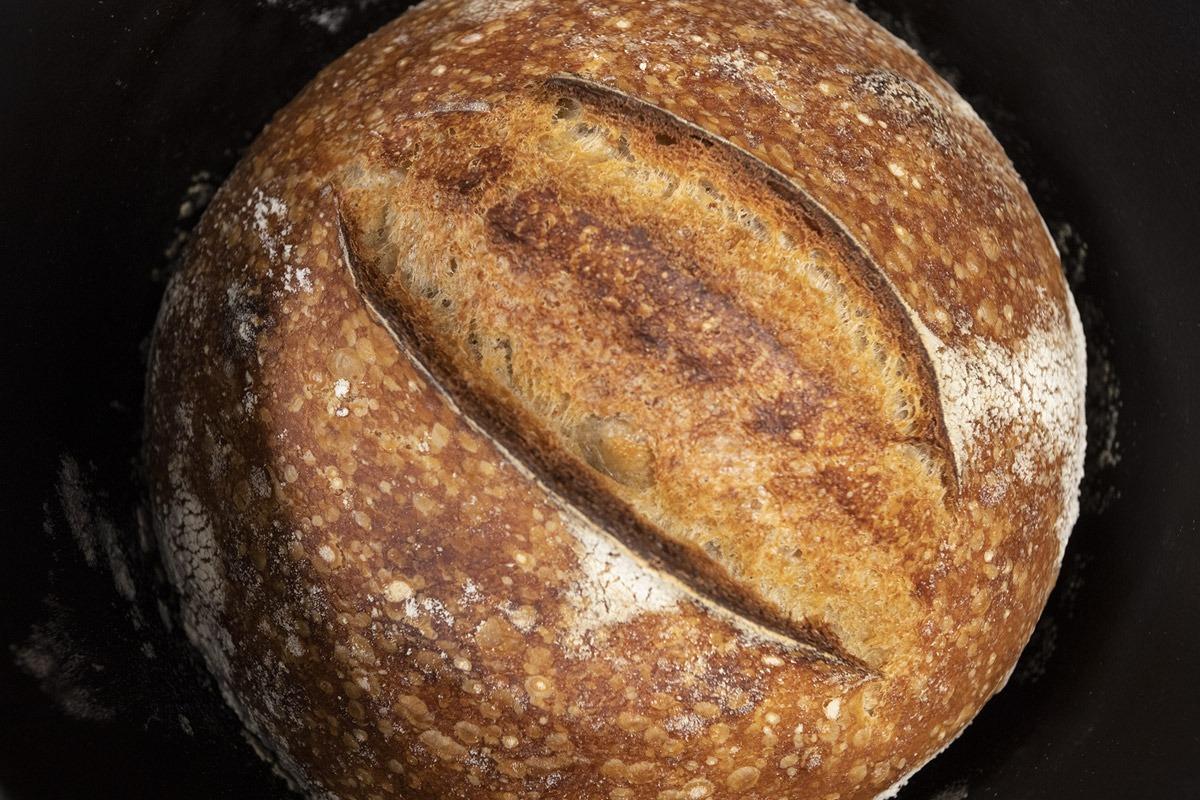 házi kovászos kenyér készítés otthon okosgrill